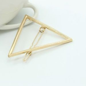 Triangle shape gold hair accessory